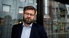 Ingen vil innrømme at de ikke strekker til, og i stedet for å vende kritikken utover mot samfunnet, vender vi den innover mot oss selv, mener supersosiolog Rasmus Willig.