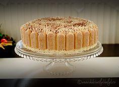 tort de vanilie cu crema de mascarpone, tort cu crema de mascarpone, reteta de tort cu mascarpone, cum se face o crema cu mascarpone, blat de tort perfect, blat de pandispan