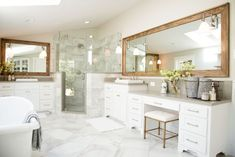 awesome Idée décoration Salle de bain - The Cargo Ship House | Season 4 | Fixer Upper | Magnolia Market | Bathroom | Chi...