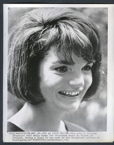 """First Lady -Jacqueline Lee """"Jackie"""" Bouvier Kennedy July 28, 1929 – May 19, 1994),was the widow of the 35th President of the United States, John F. Kennedy, and First Lady of the United States during his presidency from 1961 until his assassination in 1963.❤❁❤❁❤❁❤❁❤ http://en.wikipedia.org/wiki/Jacqueline_Kennedy_Onassis"""