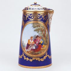 Sévres Porcelain (France) —   Chocolatière, 1777 : Royal Collection Trust, Her Majesty Queen Elizabeth II, UK (764x768)
