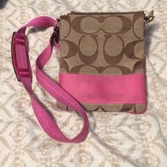 Coach purse small stains on the front Authentic coach with little stains Coach Bags Satchels