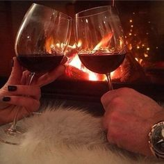 Here are 10 sexy date ideas that you need to try with your guy that will guarantee a good night! Alcohol Aesthetic, Just Wine, Still I Rise, Outdoor Theater, Romantic Moments, Wine Time, Wine And Spirits, Spice Things Up, Wines