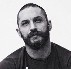 Tommy - Mad Max: Fury Road Press Conference at Siren Studios - May 2015 - Hollywood, Ca /love this edit💗 Bald Head With Beard, Tom Hardy Mad Max, Tom Hardy Variations, Top Hollywood Movies, Tom Hardy Actor, Face Reference, Good Looking Men, Beard Styles, Perfect Man