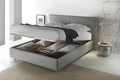 Letti Contenitore: Letto contenitore Brianza Bedroom Wall Designs, Modern Bedroom Decor, Room Decor Bedroom, Ikea Platform Bed, Apartment Interior, Apartment Ideas, Luxury Loft, Woman Bedroom, Luxurious Bedrooms