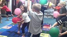 Dalcroze Eurhythmics Whole note Preschool Music Activities, Kindergarten Music, Movement Activities, Teaching Music, Music For Kids, Kids Songs, School Videos, Music And Movement, Music Classroom