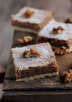 Walnut cake with cream Romanian Desserts, Romanian Food, Sweets Recipes, Cake Recipes, Slovenian Food, Walnut Cake, Savoury Dishes, Cakes And More, Chocolate Desserts