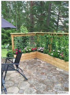 Garden Yard Ideas, Garden Boxes, Garden Projects, Fence Ideas, Garden Pallet, Easy Garden, Diy Pallet, Pallet Projects, Small Front Yard Vegetable Garden Ideas