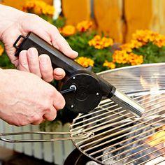 Měch na grilování   Magnet 3Pagen  #magnet3pagen #magnet3pagen_cz #magnet3pagencz #3pagen #grilovani Grill Pan, Grilling, Griddle Pan, Crickets