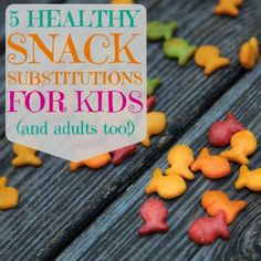Weed 'em and Reap: 5 Healthy Snack Substitutions for Kids - replacements for fruit snacks, goldfish crackers, gogurt, juice boxes and granola bars! Baby Food Recipes, Whole Food Recipes, Snack Recipes, Cooking Recipes, Healthy Recipes, Fruit Snacks, Lunch Snacks, Kids Fruit, Toddler Meals