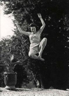 Jacques-Henri Lartigue  Huguette Sabouret au Chateau  des Essarts, Veyvialle, France, 1942