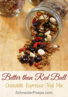 Sending students off to college? Make sure you make some of this better than Red Bull trail mix, complete with dark chocolate espresso beans. They'll be happy! Healthy School Snacks, Healthy Dinner Recipes, Real Food Recipes, Cooking Recipes, Vegetarian Breakfast, Breakfast Recipes, Clean Eating, Healthy Eating, Cereal Recipes