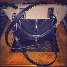 DANIELLE NICOLE SATCHEL Perfect condition Danielle Nicole Satchel. No flaws at all and so adorable! Danielle Nicole Bags Satchels
