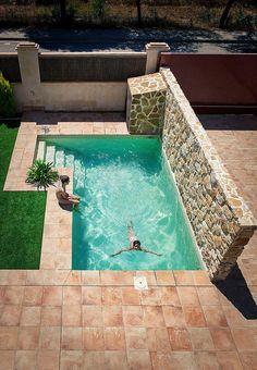 Small Inground Pool, Small Swimming Pools, Small Pools, Swimming Pools Backyard, Swimming Pool Designs, Backyard Pool Landscaping, Backyard Pool Designs, Small Backyard Pools, Outdoor Pool