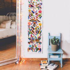La décoration mexicaine c'est des couleurs, des cactus, des formes géométriques, des broderies et surtout du soleil dans votre maison !