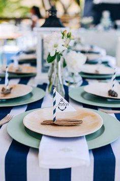 Subtle Nautical Wedding Details | Weddbook.com
