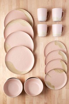 URBAN OUTFITTERS - ROSE- $99 ON SALE - 16-Piece Athens Dinnerware Set