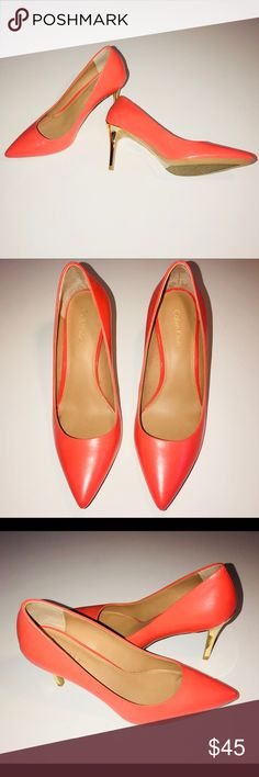 Calvin Klein Coral And Gold Heels! 👠 Worn only once  👠 Great Condition just a small scratch on the right heels which is pictured  👠 Narrow 👠 Comfy 👠 Stylish Calvin Klein Shoes Heels