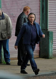 #RobertCarlyle getting ready for his first takes as Barney Thomson #TLBT pic.twitter.com/bUOxEIgnT5