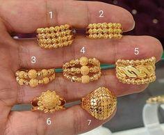 Gold Rings Jewelry, Cute Jewelry, Jewelry Art, Antique Jewelry, Gold Ring Designs, Gold Earrings Designs, Designer Jewellery, Gold Jewellery Design, Bridal Necklace