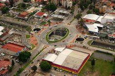 Vista áerea, Nodo vial Copérnico.  Diseño Arq. Álvaro Morales y Arq. Miguel Echauri