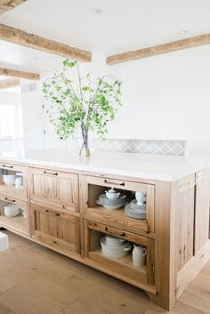 Looking for for images for farmhouse kitchen? Browse around this website for amazing farmhouse kitchen pictures. This kind of farmhouse kitchen ideas seems fantastic. Farmhouse Kitchen Cabinets, Farmhouse Style Kitchen, Modern Farmhouse Kitchens, Home Decor Kitchen, Interior Design Kitchen, New Kitchen, Home Kitchens, Kitchen Decorations, Kitchen Ideas