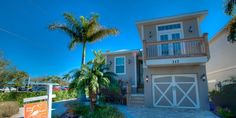4 Blocks to beach 4 BR Anna Maria Island House in FL, Key West Cottage- New Island Style Home, Tropical Heated Pool