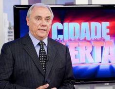Após reclamações, Marcelo Rezende leva bronca da Record