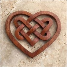 Celtic Three Heart Knot - Celtic, Viking and Lamp Woodcraft Carvings Hearts & Triangle Colle Wood Carving Patterns, Carving Designs, Celtic Patterns, Celtic Designs, Celtic Symbols, Celtic Art, Heart Art, Love Heart, Celtic Heart Knot