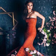(4) MetroLovesKathryn, February 2016 . #kathrynbernardo Kathryn Bernardo, Debut Photoshoot, Filipina Actress, Debut Ideas, Daniel Padilla, Strapless Dress Formal, Formal Dresses, Celebs, Celebrities