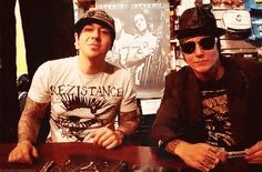 Can we all take a moment to appreciate how adorable Zacky is right here?