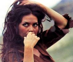 Turkan Soray, one of my favorite Turkish movie stars, in another deadly pose. From the 70s.