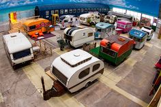 indoor camping - The BaseCamp Hostel Bonn takes indoor camping to the next level. The Fake campground uses RVs, trailers and other camping caravans as rooms. Trailers Vintage, Vintage Trailer Decor, Vintage Caravan Interiors, Vintage Caravans, Tiny Trailers, Indoor Camping, Camping Car, Camping Trailers, Camping Indoors