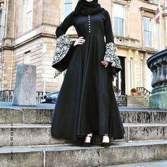 44 ideas for fashion hijab chic dress styles : 44 ideas for fashion hijab chic dress styles Hijab Style Dress, Hijab Chic, Chic Dress, Swag Dress, Abaya Designs Latest, Abaya Designs Dubai, Niqab Fashion, Fashion Dresses, Dubai Fashion