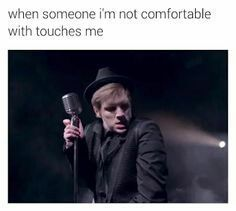 Read // 1 5 // from the story Fall Out Boy Memes by HopelessStrangers (Hopeless Fountain Halsey) with reads. Emo Band Memes, Emo Bands, Music Bands, Patrick Stump, Fall Out Boy Memes, Save Rock And Roll, Soul Punk, Pete Wentz, Pierce The Veil
