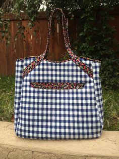 Tote bag Tartan of the jungle made of upholstery fabrics and natural leather Hand-printed lining.