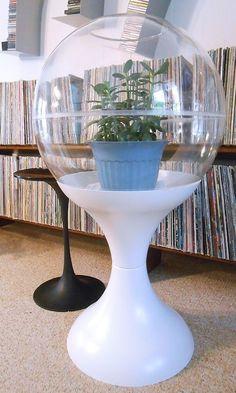 Plastic Terrarium, Large Terrarium, Modern Spaces, Mid-century Modern, Vintage Globe, Space Age, Eames, Pantone, Fountain