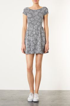 Daisy Dress - Dresses - Clothing - Topshop. I own and LOVE this dress