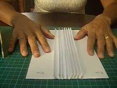 Un piccolo tutorial per riprodurre la rilegatura nascosta - hidden hinge - in centimetri Tutorial di Kathy Orta http://youtu.be/mxmCSNh3zSs