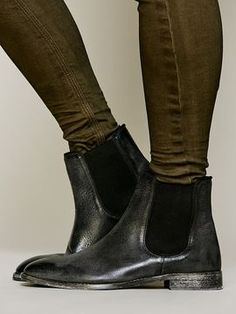 Inspiration: Bottines Chelsea http://www.omoda.fr/femme/bottines-chelsea/