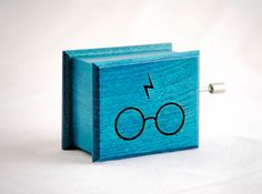 Harry Potter music box turquoise  soundtrack and by Woodissimo