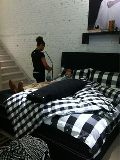 #equinox gave #free massages while we had breakfast in bed for the new #Hastens bed Lenoria