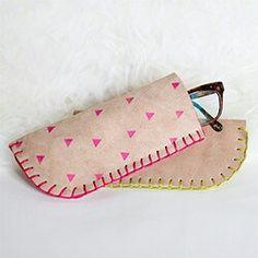 #diy leather glasses case. Tutorial via. http://blog.whimseybox.com/diy-leather-glasses-case