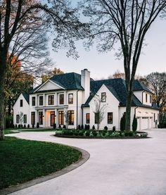 Dream Home Design, My Dream Home, House Design, Dream House Exterior, Dream House Plans, House Exterior Design, Big Houses Exterior, Home Styles Exterior, Interior Design