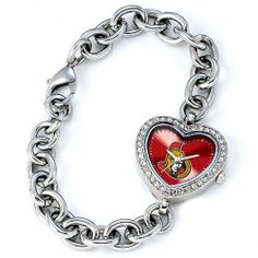 The Arizona Wildcats Heart watch features an officially licensed color team logo face, a stainless steel bracelet, a rhinestone case with stainless steel back, and Miyota Quartz movement. Anaheim Ducks, Cleveland Browns, Cincinnati Reds, Cleveland Indians, Nba Cleveland, Denver Broncos, Pittsburgh Steelers, Seattle Seahawks, Indianapolis Colts