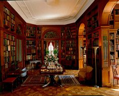 Evergreen House Museum and Library,  at Johns Hopkins University. Baltimore Maryland. Originally an American Gilded Age mansion, purchased by railroad tycoon John W. Garrett, in c.1878. The 48-room mansion is an opulent example of Amerian Gilded Age architecture and decorative arts. ~ {cwl} ~ (Image: Examiner)