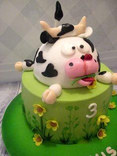 cow cake - Cake by Karla Vanacker