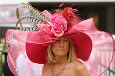 I WANT TO WEAR A HUGE OBNOXIOUS HAT TO THE DERBY!