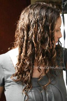 Last time, I covered the challenges of naturally curly hair as well as products to use. Today, I'm sharing my curly hair styling tips through years of trial and error.