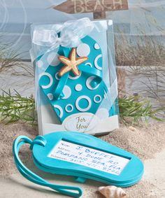 574defd4e307bb Flip flop luggage tag favors. Beach Wedding ...